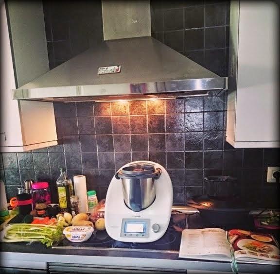 Thermorecetas f ciles cocina f cil y sabrosa con thermomix pollo guisado con verduras y patatas - Cocina facil y saludable thermomix ...