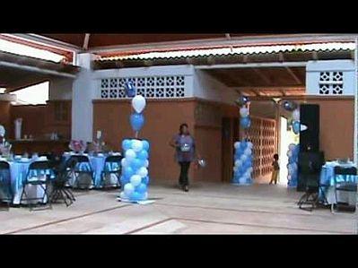 Decoracion de bautizos color celeste parte 2 - Como decorar un salon para bautizo ...