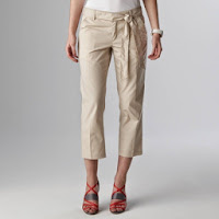 Pantaloni trei sferturi femei