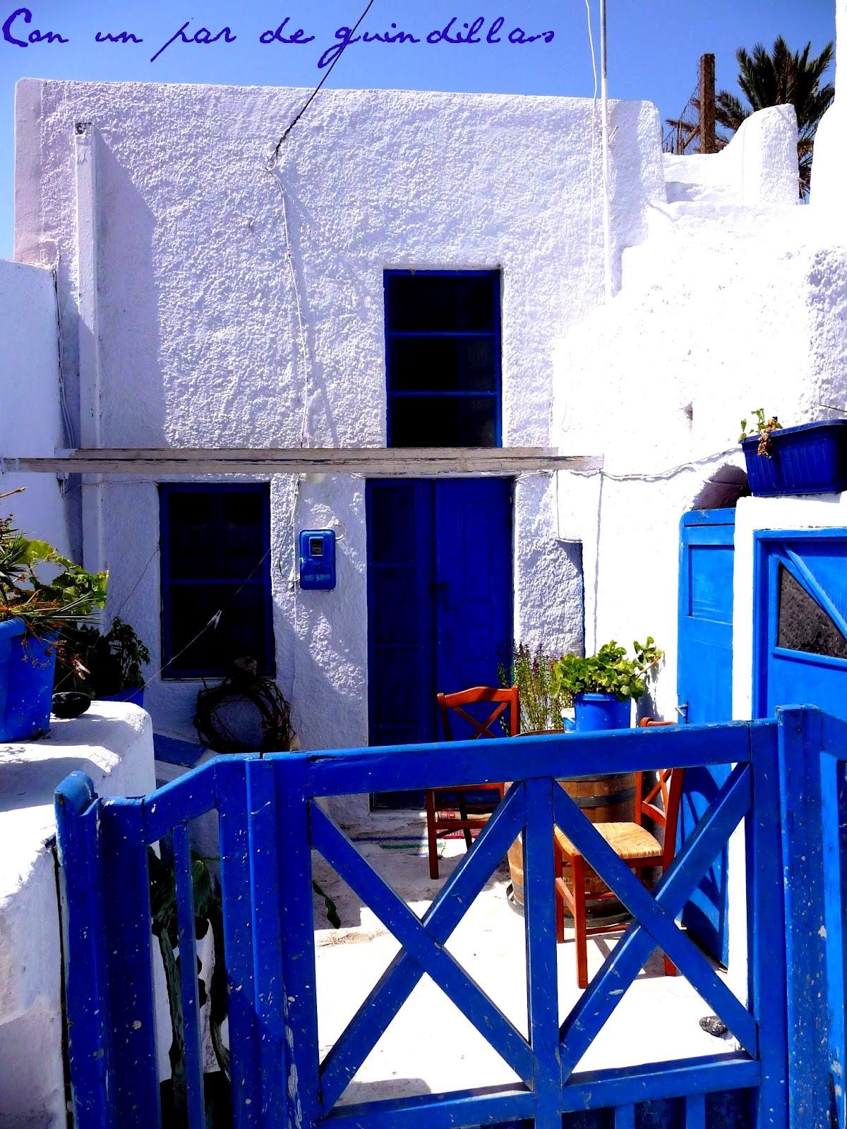 http://4.bp.blogspot.com/-SYyvt2shzE4/T848YEfbltI/AAAAAAAAHoE/VGFTc-pjnB4/s1600/Santorini06.jpg