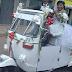 Facebook: recién casados reemplazan limusina por mototaxi y son aplaudidos [FOTO]