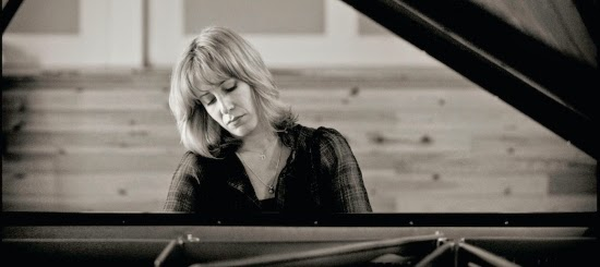 http://www.seattletimes.com/entertainment/music/pianist-ingrid-fliter-brings-her-considerable-chopin-chops-to-seattle/
