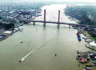 Sungai musi merupakan salah satu dari sungai terpanjang di Indonesia Sungai Musi