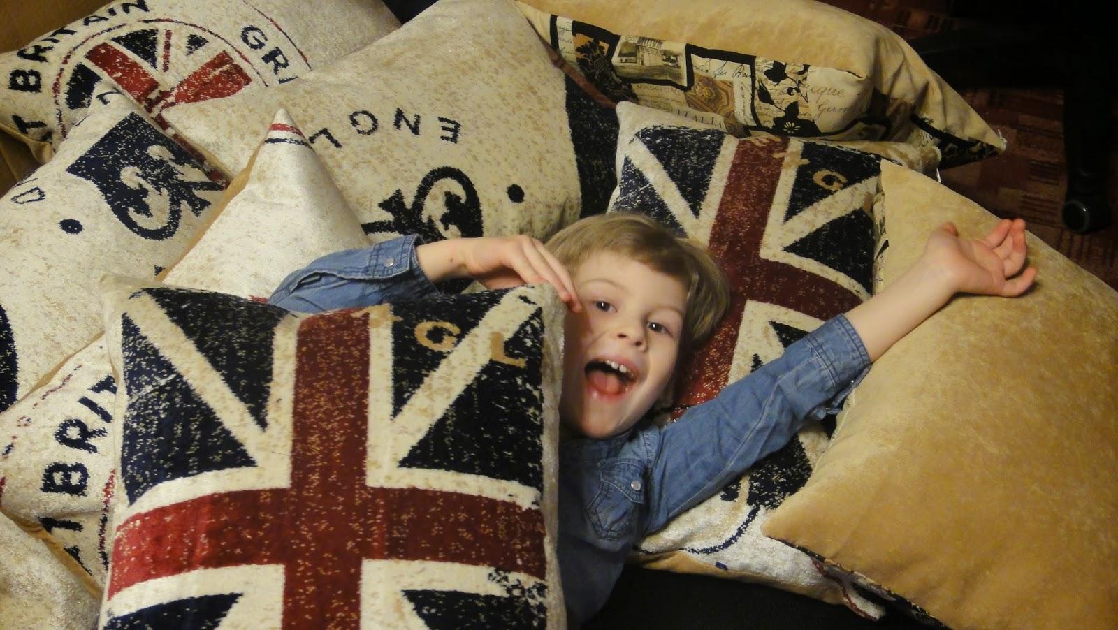 Декоративные подушки на диван Британский флаг