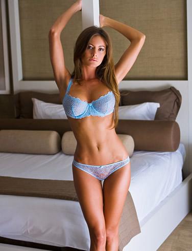 Holly Lynn Collins Bikini   Foto Bugil Bokep 2017