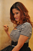 Shilpa Chakravarthy New Photos gallery-thumbnail-12