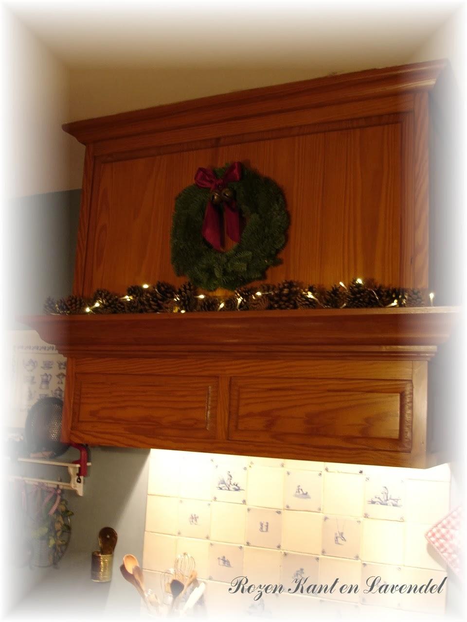Rozen   kant en lavendel: kerstsfeer in de keuken...