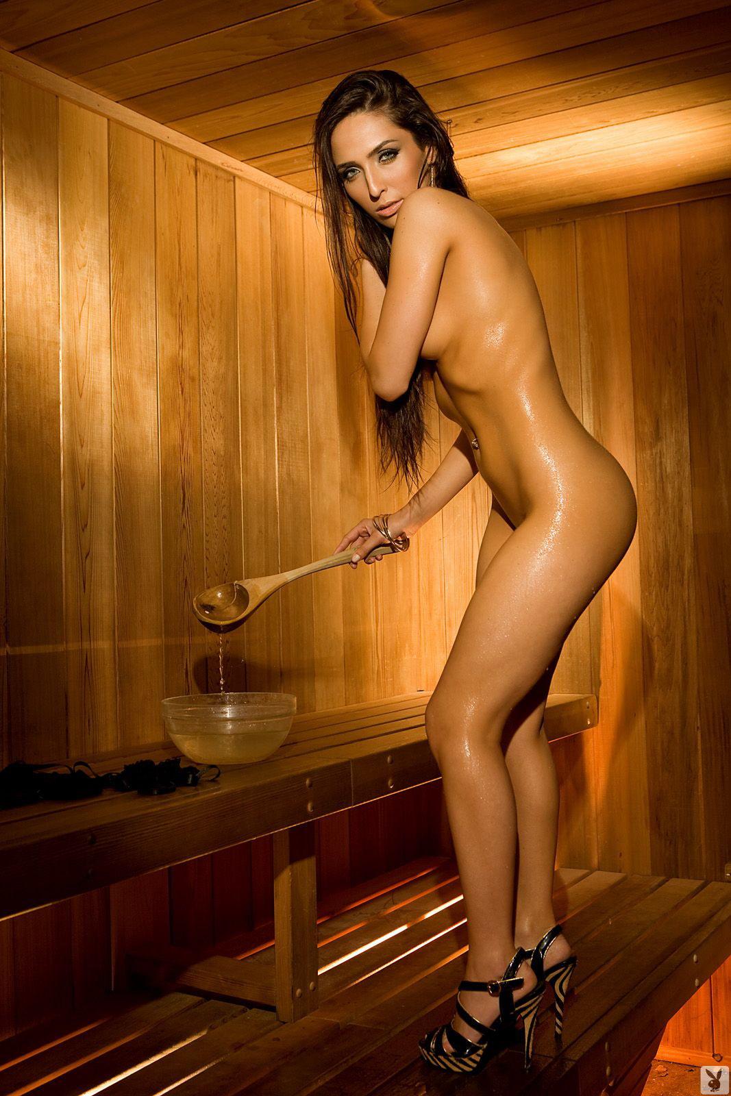 yunie-erotichnie-modeli