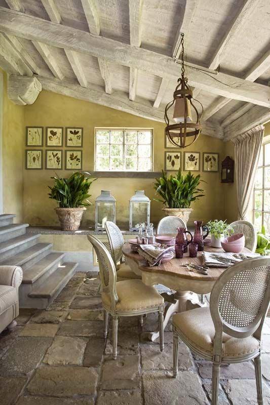vicky 39 s home una casa de estilo provenzal en la toscana a provencal style home in tuscany. Black Bedroom Furniture Sets. Home Design Ideas