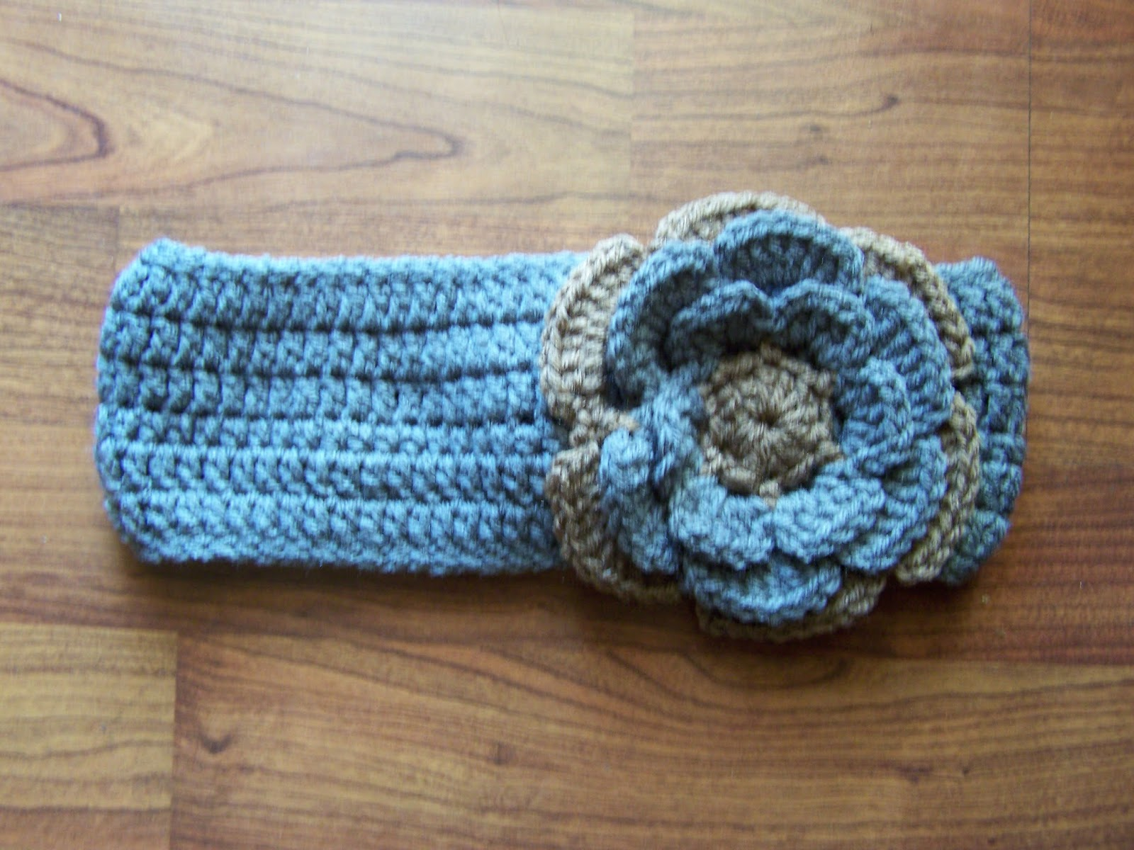 The Rosey Posey: Headband with button closure