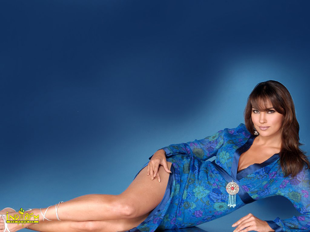 lara dutta movies - photo #11