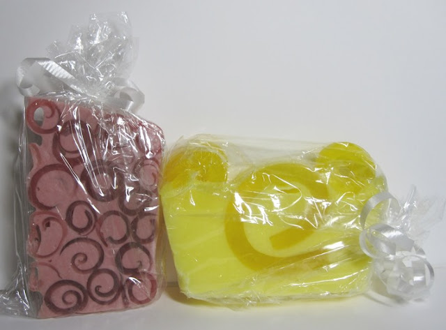 Forever Bubbles glycerin soaps in strawberry and lemongrass