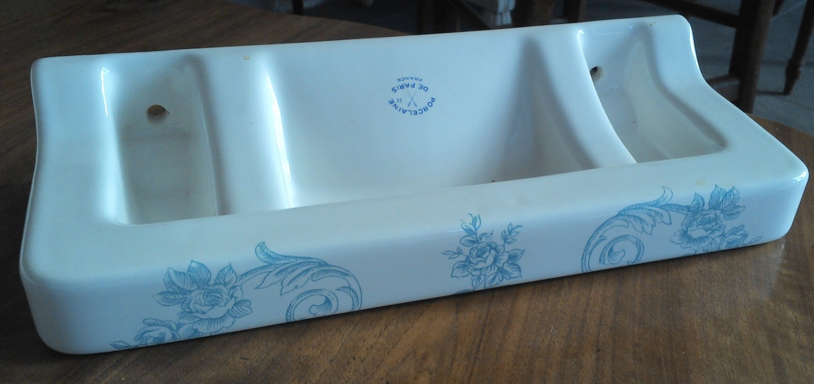 Ancien service de toilette bleu porcelaine de paris for Salle de bain bleu