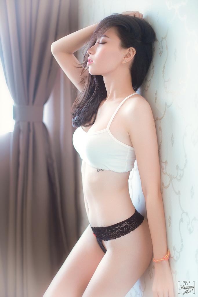 Bộ ảnh gái xinh cực nóng bỏng không xem mất nữa cuộc đời