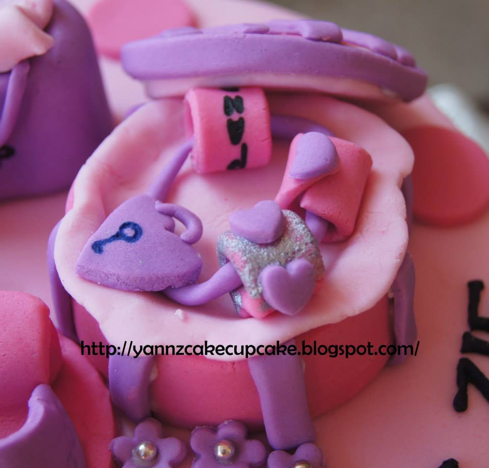 Cake Amp Cupcake By Yannz Shopaholic Birthday
