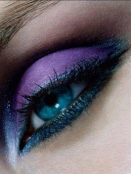 modele maquillage pour yeux bleu