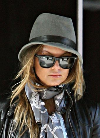 all black ray bans wayfarers  The Passion for Fashion: How to rock the Rayban Wayfarer!