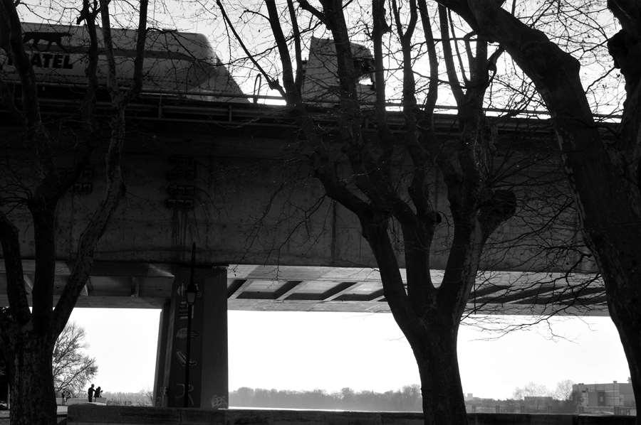Arles entre ciel et terre - Pont N113