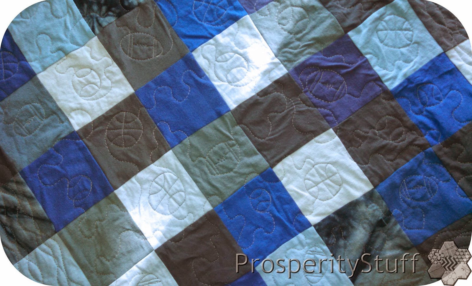 ProsperityStuff Quilts: Free-motion quilting football, baseball, basketball