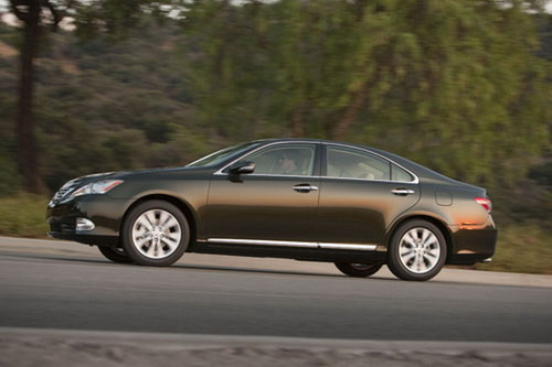2011 Lexus ES 350 Is Powered By Working With A 3.five Liter Of V6 Engine.It  Could Possibly Produce The Facility Up To 272 Horsepower At 6,200 RPM.