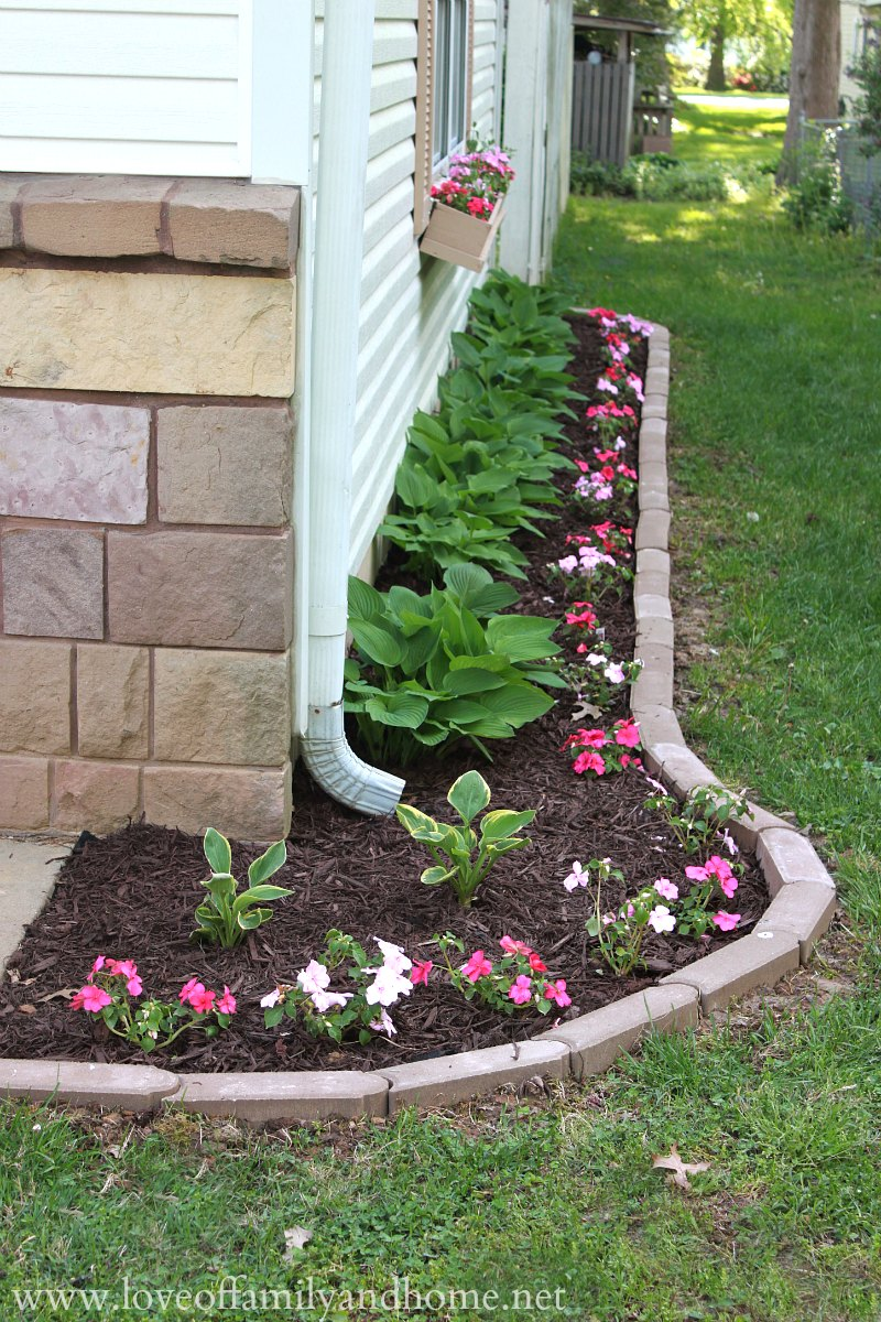 Side Yard Makeover Creating Curb Appeal Love Of Family