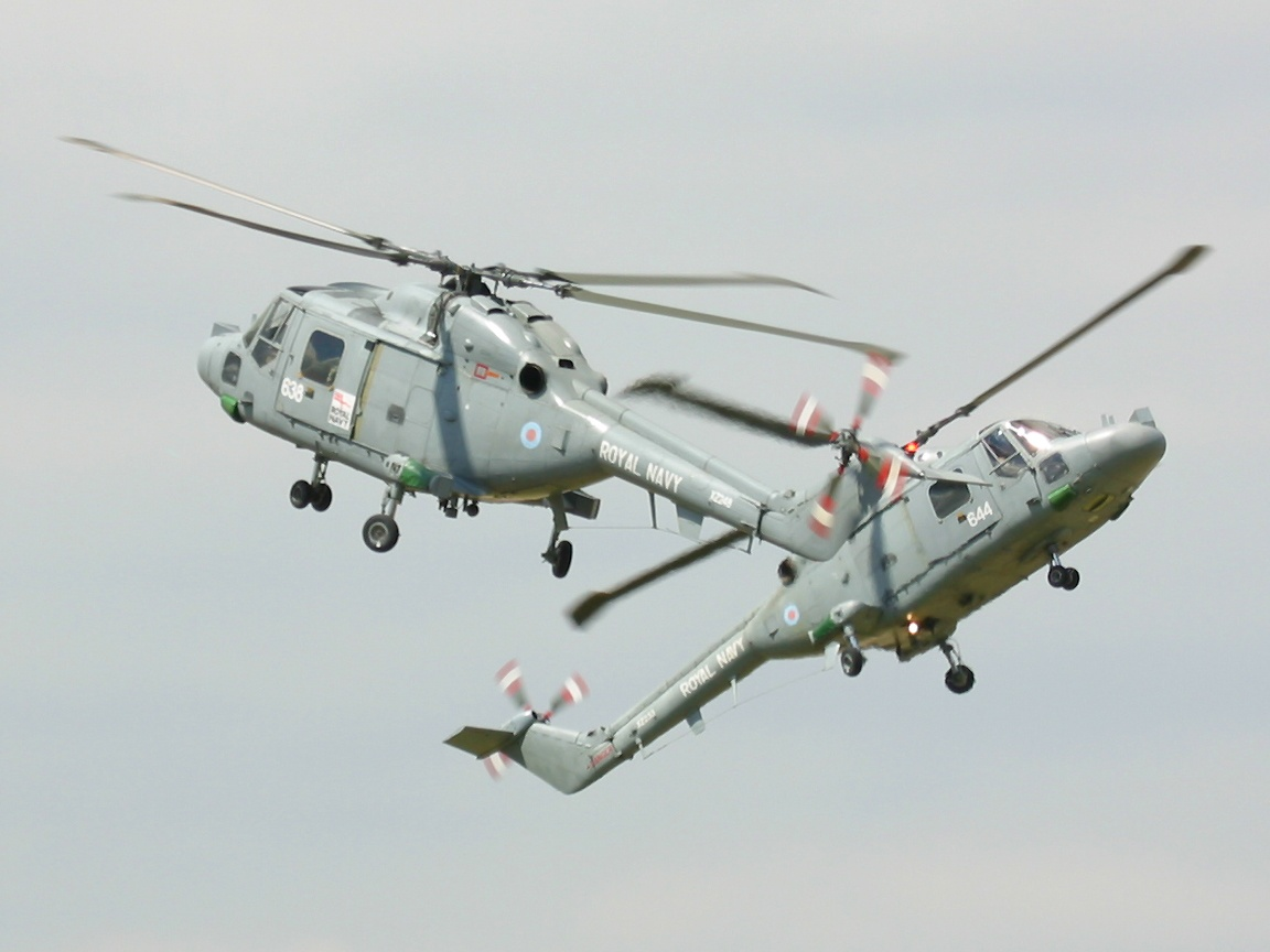 http://4.bp.blogspot.com/-SbhFt5SahrI/T5kV1CyjAZI/AAAAAAAAAXU/QVoFD0fOQ4Q/s1600/military+helicopter+-+-+0008.jpg