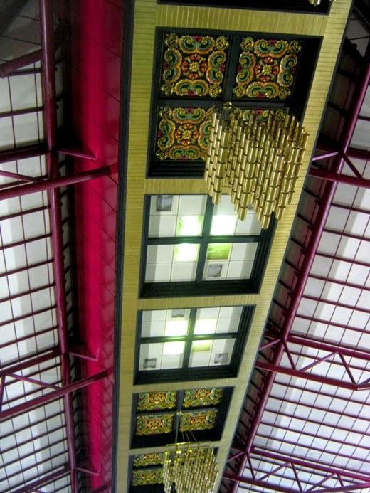Juanda airport ceiling