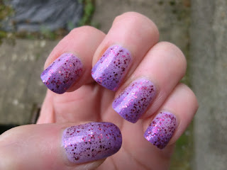In-the-mood-colour-changing-polish-devious-679-swatch