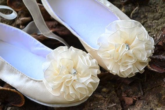 Zapatos Niña de las Flores, Detalles