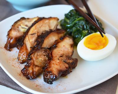 pollo glassato con spinaci allo zenzero