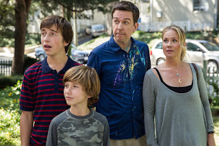 vacation-skyler gisondo-steele stebbins-ed helms-christina applegate