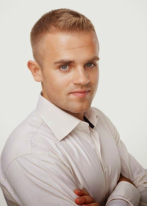 Hairstyles And Haircuts For Men With Thin Hair 2015