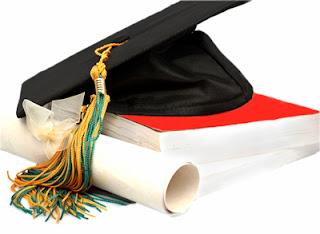 اعلان مسابقة الماجستير بالمدرسة العليا للتجارة الجزائر 2012-2013  Graduation