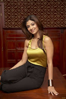 Shilpa, shetty, hot, cleavage, show