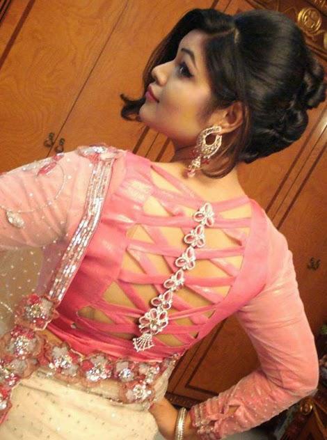 Desi+Hot+Model+Blouse+Back+Pictures001