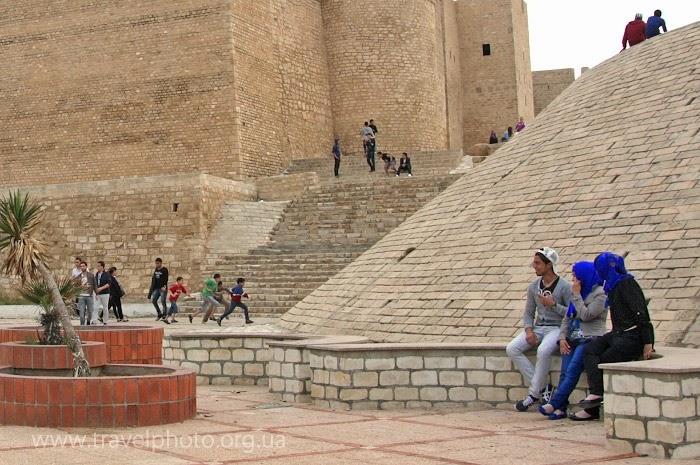 Молодежь в Тунисе