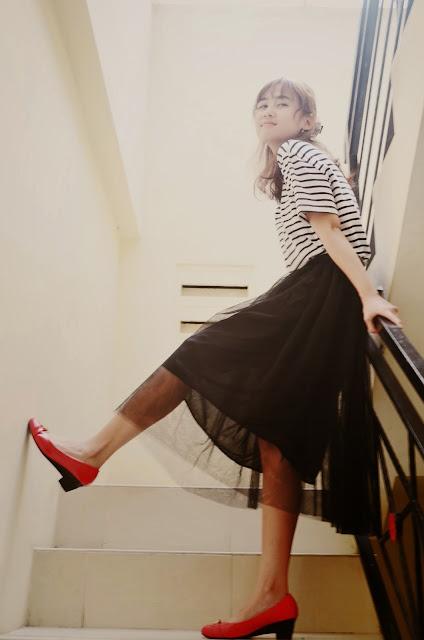http://www.dresslink.com/new-womens-fashion-princess-fairy-style-voile-tulle-skirt-bouffant-puffy-skirt-p-15669.html?utm_source=blog&utm_medium=banner&utm_campaign=slina80