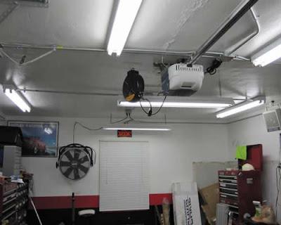 Parking garage lighting modern interior design for Tube led garage