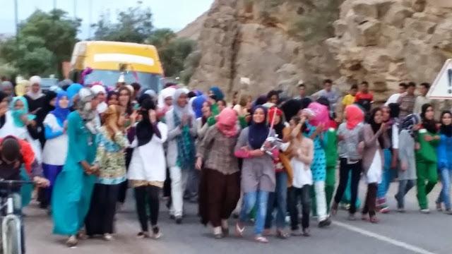فريق دار الطالبة تازارين يحظى باستقبال جماهيري عند عودته باللقب الوطني من أكادير