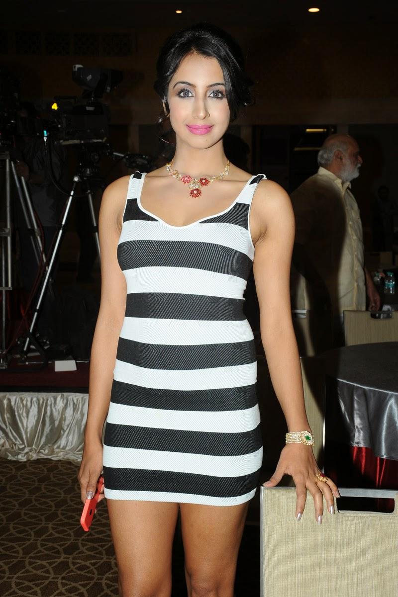 Sanjana latest glam pics-HQ-Photo-11