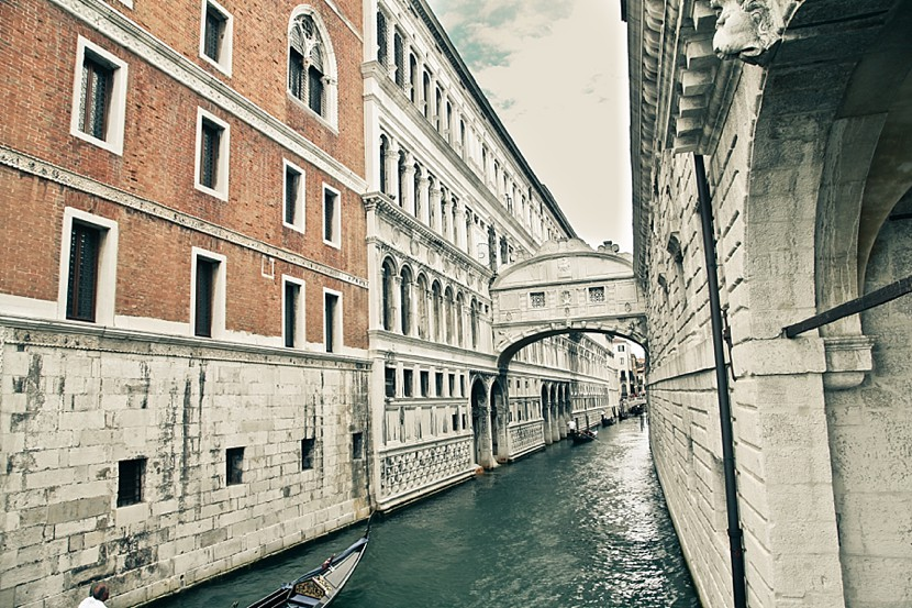 canals in venice photo
