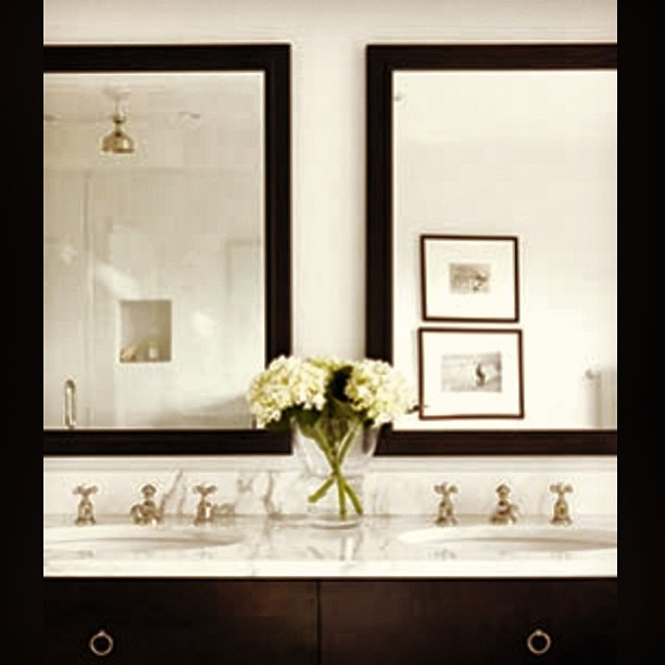 black and white bathroom inspiration