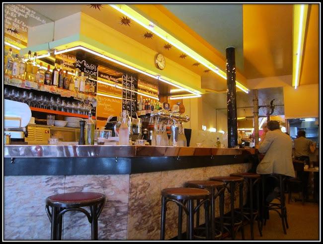 Resto Aux deux Amis 45 rue Oberkampf Paris 11 bar zinc photo Depardon
