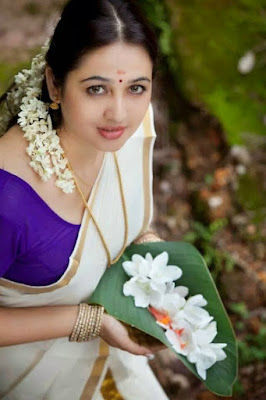 Hot Malayalam actress Telugu Pics Avana