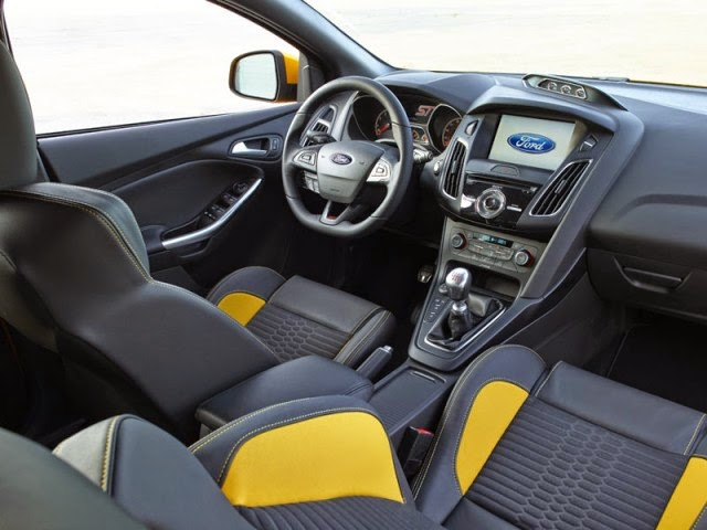 2015 Ford Focus ST interior