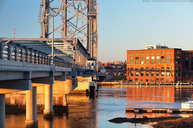 memorial bridge in portsmouth nh harbor