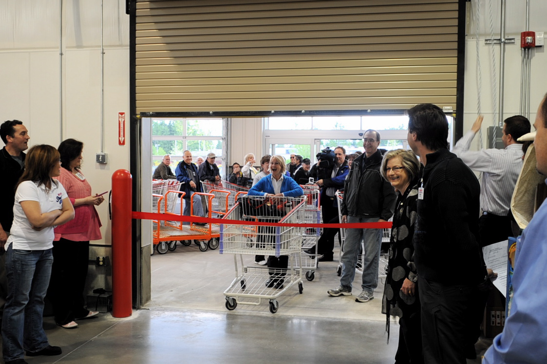 I Was Hired To Photograph The Event, And Was Surprised At The Number Of  Shoppers Waiting At The Door At 8:00 Am! After A Few Speeches And A Ribbon  Cutting ...