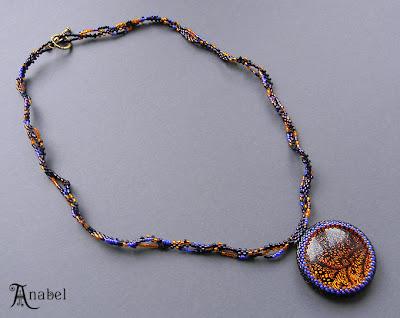 купить украшение с дихроическим стеклом, кулон из бисера с кабошоном украина