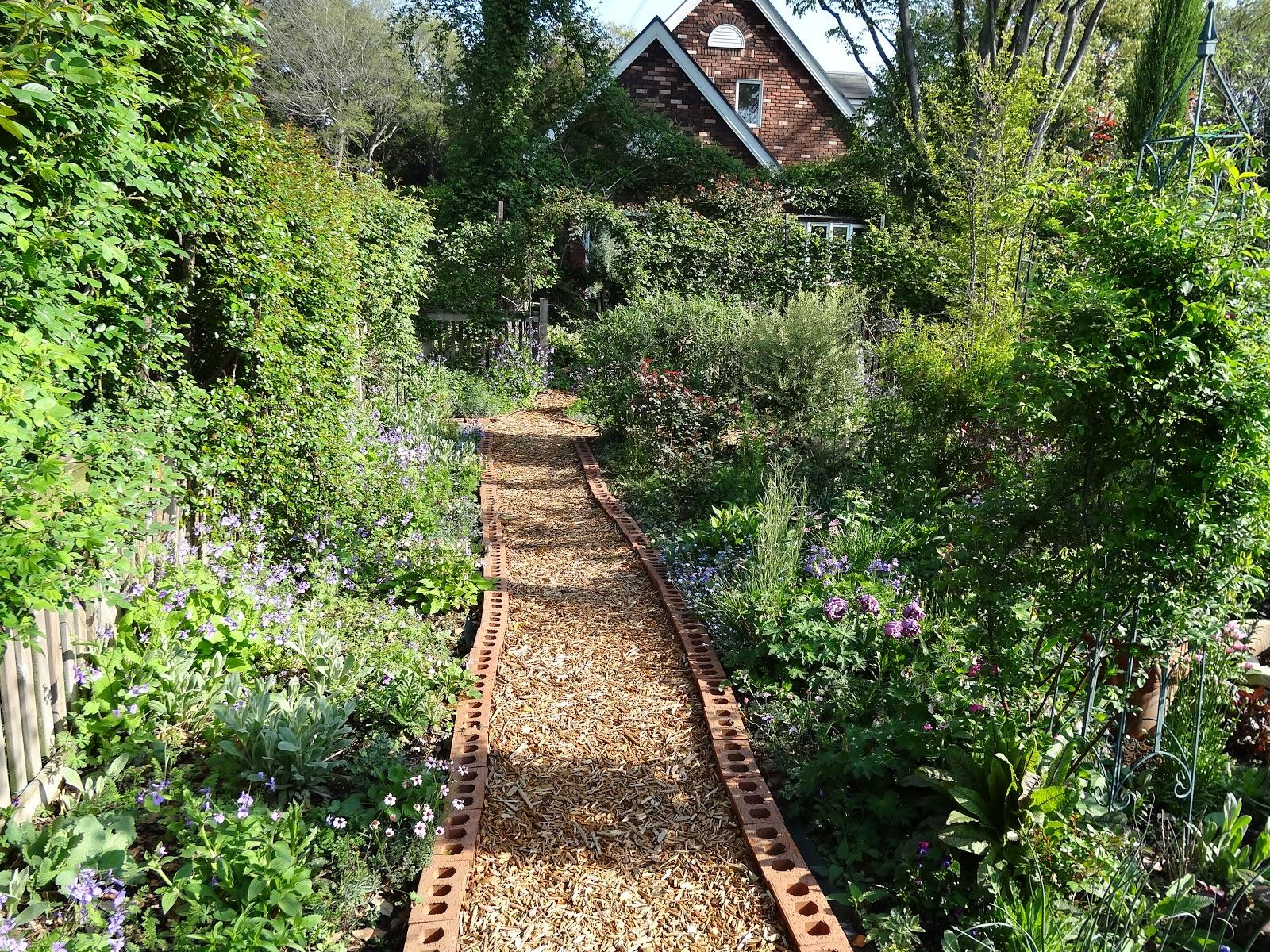 Le jardin secret south garden for Le jardin secret
