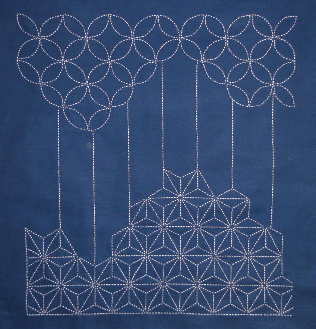 Sashiko Quilting Patterns Free : 1000+ images about A) Quilts - Sashiko on Pinterest Stitching, Japanese embroidery and Embroidery